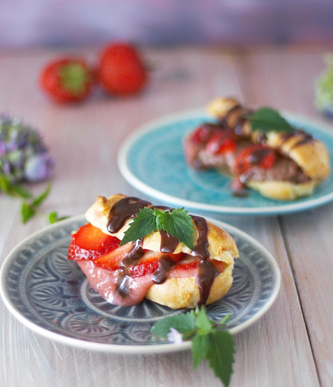 Erdbeereclairs mit Erdbeerpudding und Schokoladenpudding mit Minze 1 von Naschen mit der Erdbeerqueen