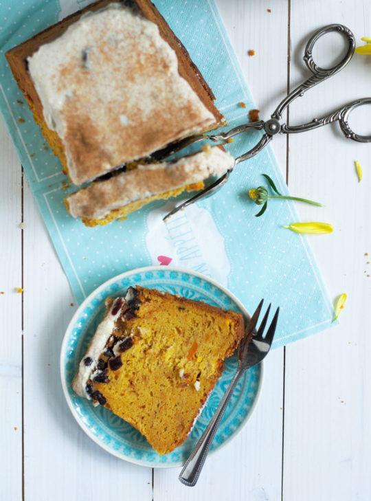 kuerbisruehrkuchen-mit-cranberries-und-frischkaese-von-naschen-mit-der-erdbeerqueen-4