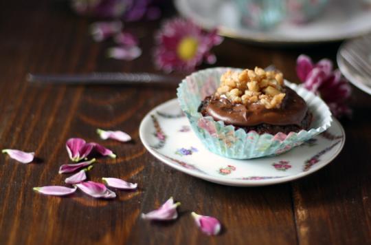 rote-beete-muffins-ohne-mehl-low-carb-und-mit-schokolade