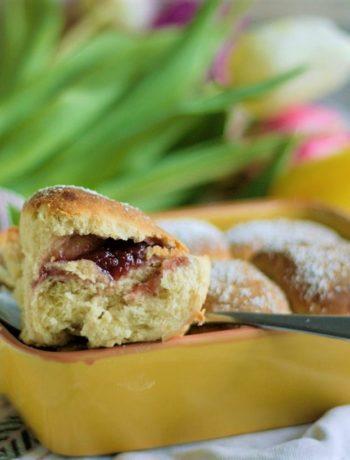 Buchteln gefüllt mit Powidl Rezept Hefeteilchen mit Marmelade gefüllt