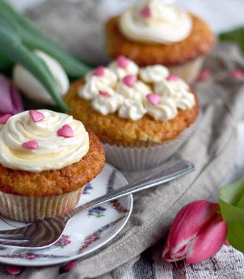 Rezept-Cupcakes-mit-Orangencurd--und--mascarpone