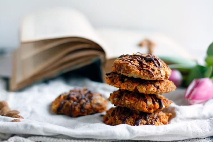 Rezept für Süßkartoffel-Kekse als glutenfreien, zuckerfreien Snack für den süßen Hunger zwischendurch.