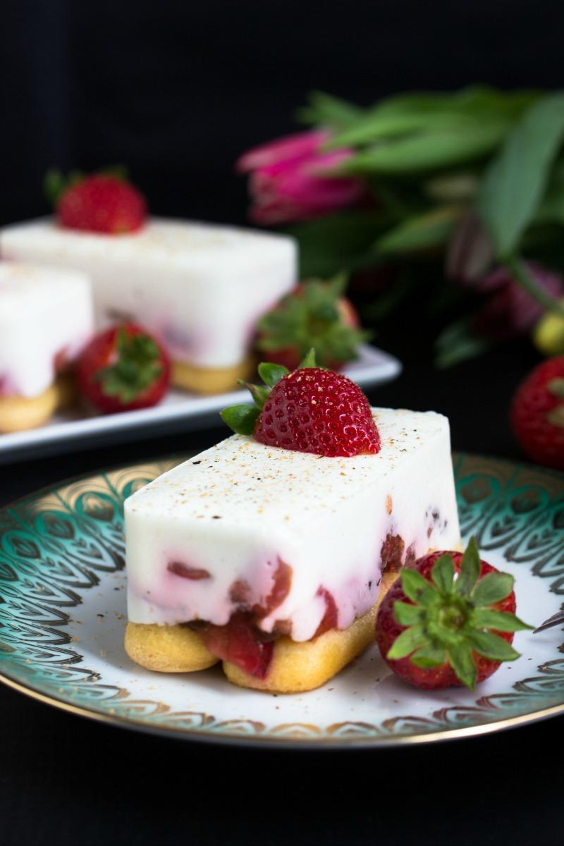 Rezept für Tiramisu mit Erdbeeren, Licor 43 und Skyr.