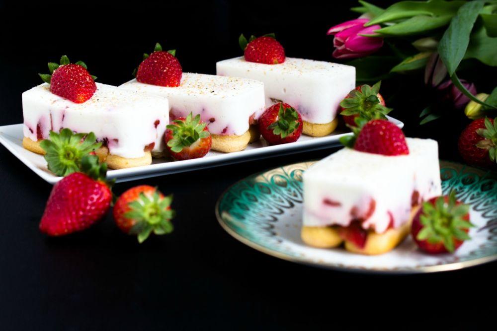 Rezept für Tiramisu mit Balsamico Erdbeeren Skyr und Licor 43