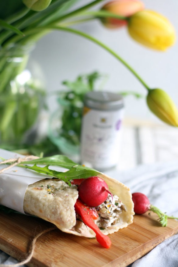 Wraps gefühlt mit Linsen und ganz viel Gemüse. Schnelles Rezept für das Mittagessen oder Abendessen.