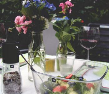 Rezepte zum Grillfest. Leonardoglas LEONARDO Salat mit Erdbeeren