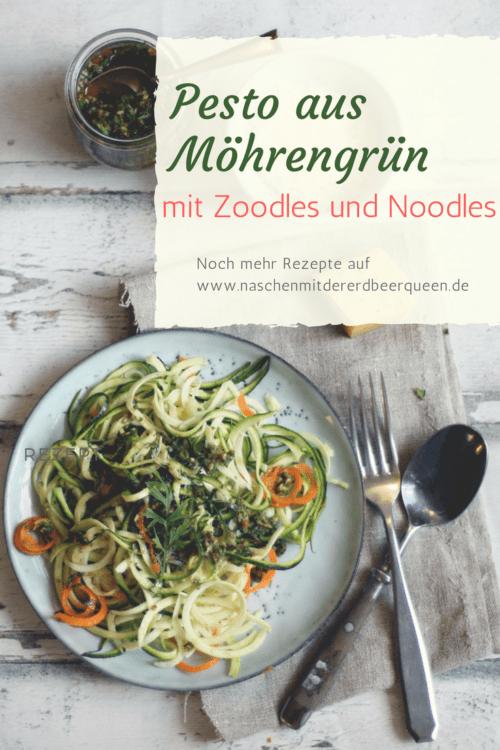 So machst du dir leckeres Pesto mit Möhrengrün. Dazu gibt es Zoodles aus Zucchini und Möhren.
