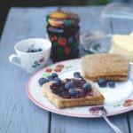 Wie-kocht-man-Heidelbeermarmelade-ein-Rezept-Blaubeermarmelade