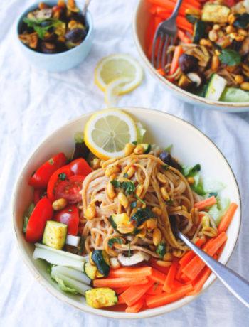 Rezept Nudeln mit Gemüse -Vegetarische Bhudda Bowl mit Vollkornspaghetti mit Gemüse