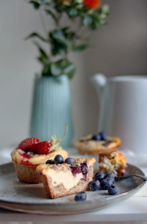 Rezept Saftige Kasekuchen Muffins Mit Streusel Backen