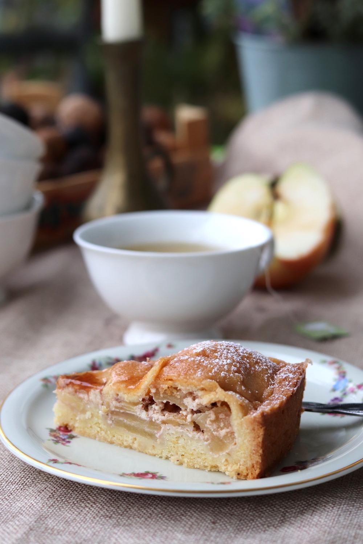 Gedeckter Apfelkuchen backen. Rezept gedeckter Apfelkuchen mit Mürbteig. Entdecke jetzt das Rezept.