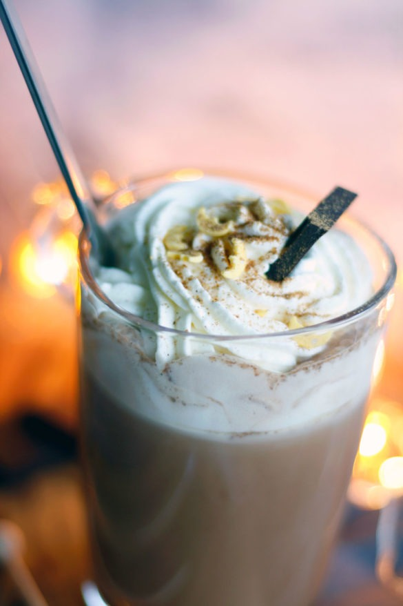 Kakao pimpen mit Gewürzen. Kaffeegewürz selbst gemacht. Anleitung Kaffeegewürz mit Zimt selber machen. Weihnachtliche Gewürzmischung.