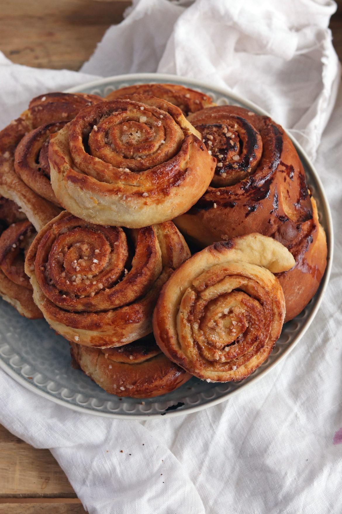 Zimtschnecken backen: Ein leckeres Rezept für Zimtschnecken. Schwedische Zimtschnecken für deinen Hyggemoment