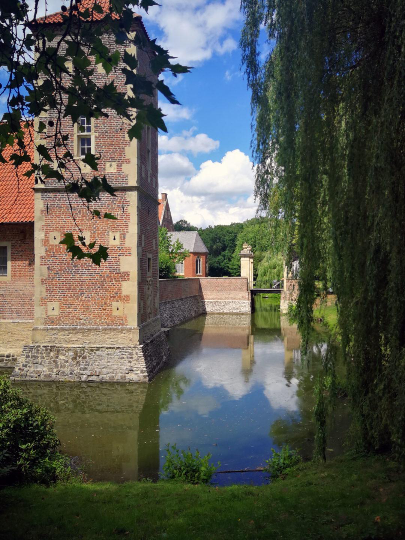 Burg Droste Hülshoff Münsterland Wasserburg