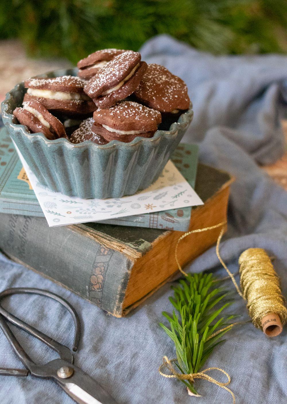 Vegane Plätzchen. Vegane Weihnachtsplätzchen mit Füllung ein super Weihnachsrezept für die Weihnachtsbäckerei.