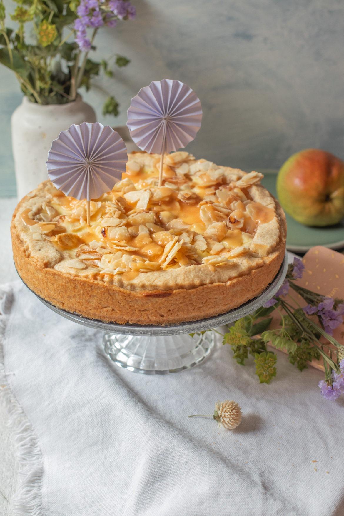 Rezept Birnenkuchen mit Pudding, Karamell und Mandeln
