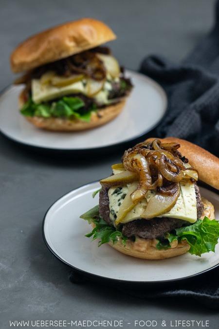 Burger mit Birnen & Gorgonzola
